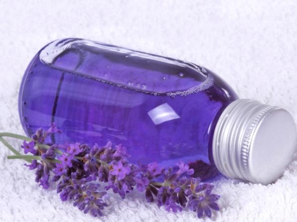 Aceite de lavanda. Fuente: salud.univision.com
